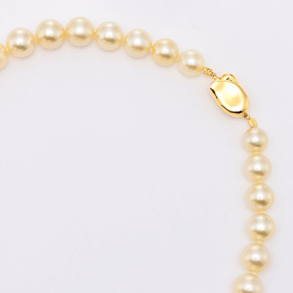 白蝶シャンパンゴールドパール ネックレス&イヤリング・ピアス セット ネックレスは差込式