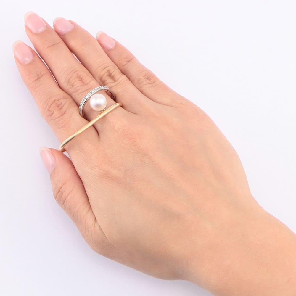 K18・Pt 0.2ctダイヤ ダブルリング アコヤ真珠 着用例