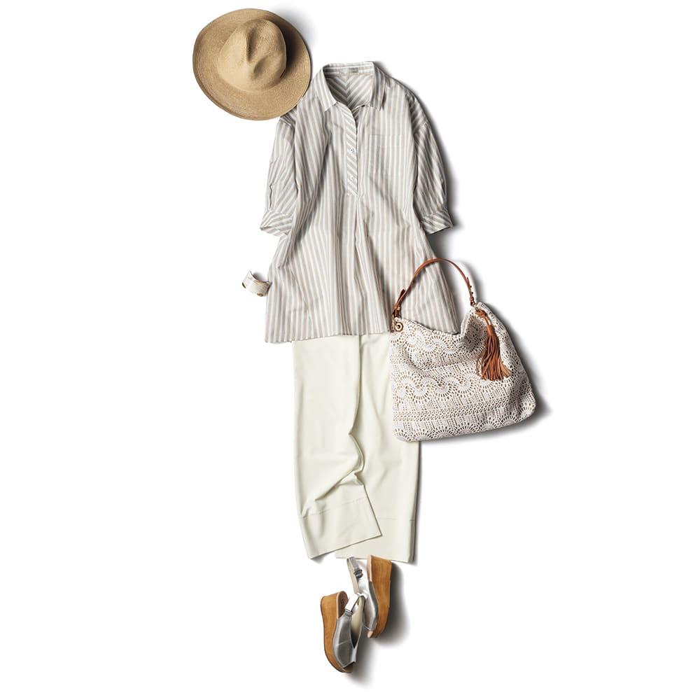 2WAY ストレッチ セミフレアー クロップドパンツ (イ)オフホワイト コーディネート例 /ハリと落ち感のある透けにくい白パンツは夏のリッチカジュアルに活躍。