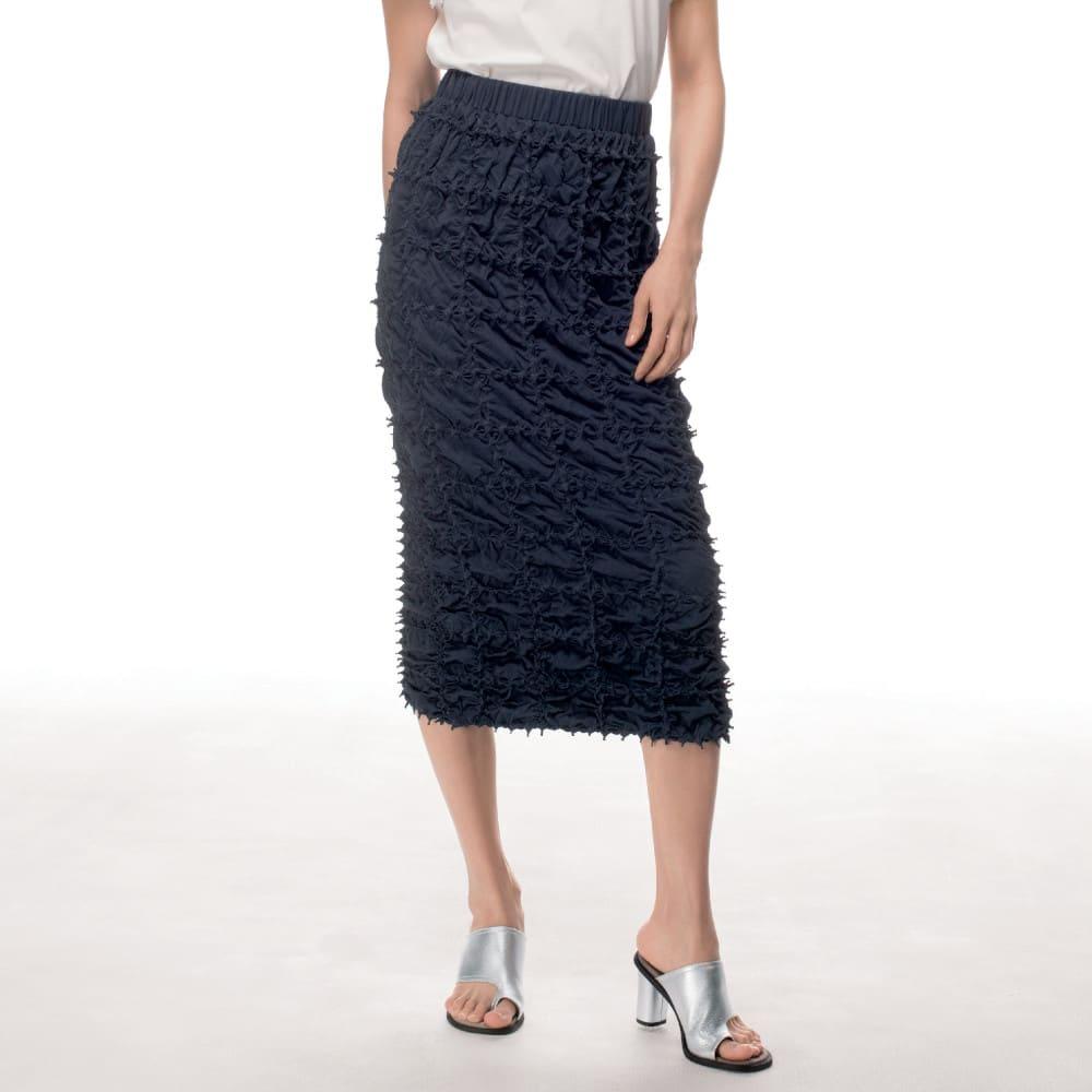 有松絞り Iライン スカート 着用例