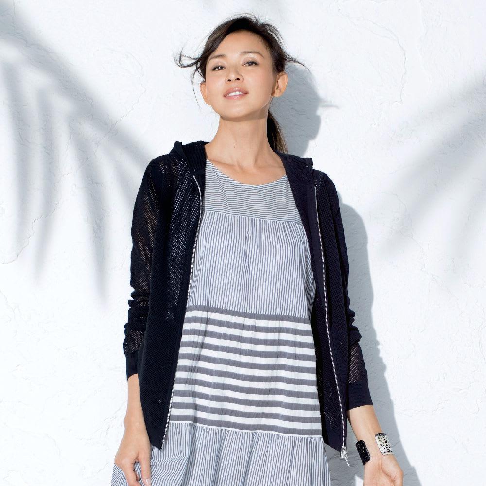 強撚コットン メッシュ編み パーカ 着用例