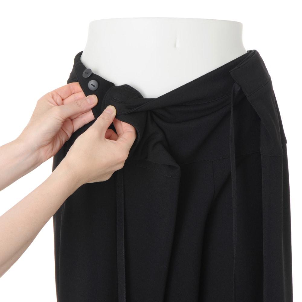 アジャスト機能付き リラックス ジャージーパンツ ボタンでサイズ調節が可能