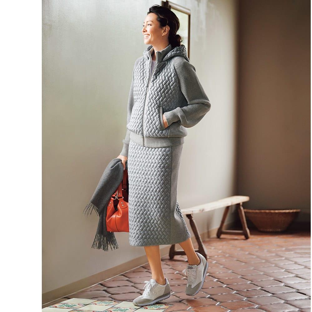 イタリアキルト素材使い ニット切り替え セットアップ (パーカ+スカート) コーディネート例