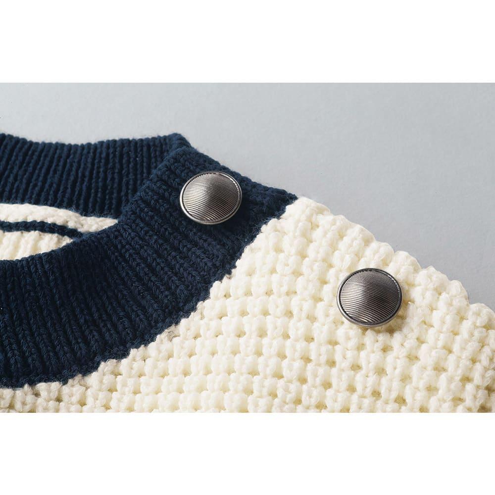 リリヤーン ワッフル編み インターシャ プルオーバー 左肩のボタン