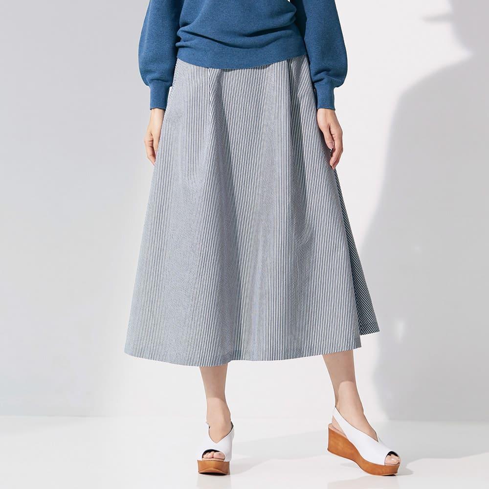 イタリア サッカー素材 タック入り フレアースカート 着用例