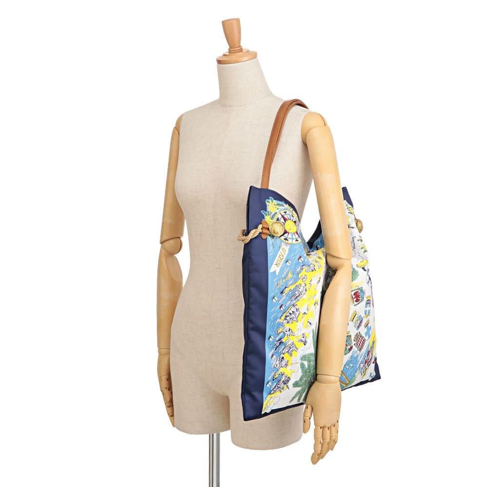 TOPKAPI/トプカピ スカーフ柄 トートバッグ 着用例