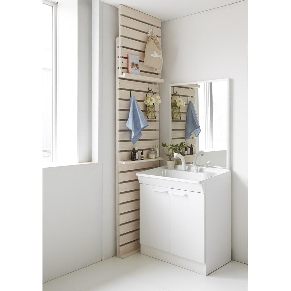 パイン天然木突っ張り式 デコレーション壁面ラック 幅60cm サニタリーやトイレの隙間に置いてイメージチェンジ。(ウ)ホワイトウォッシュ
