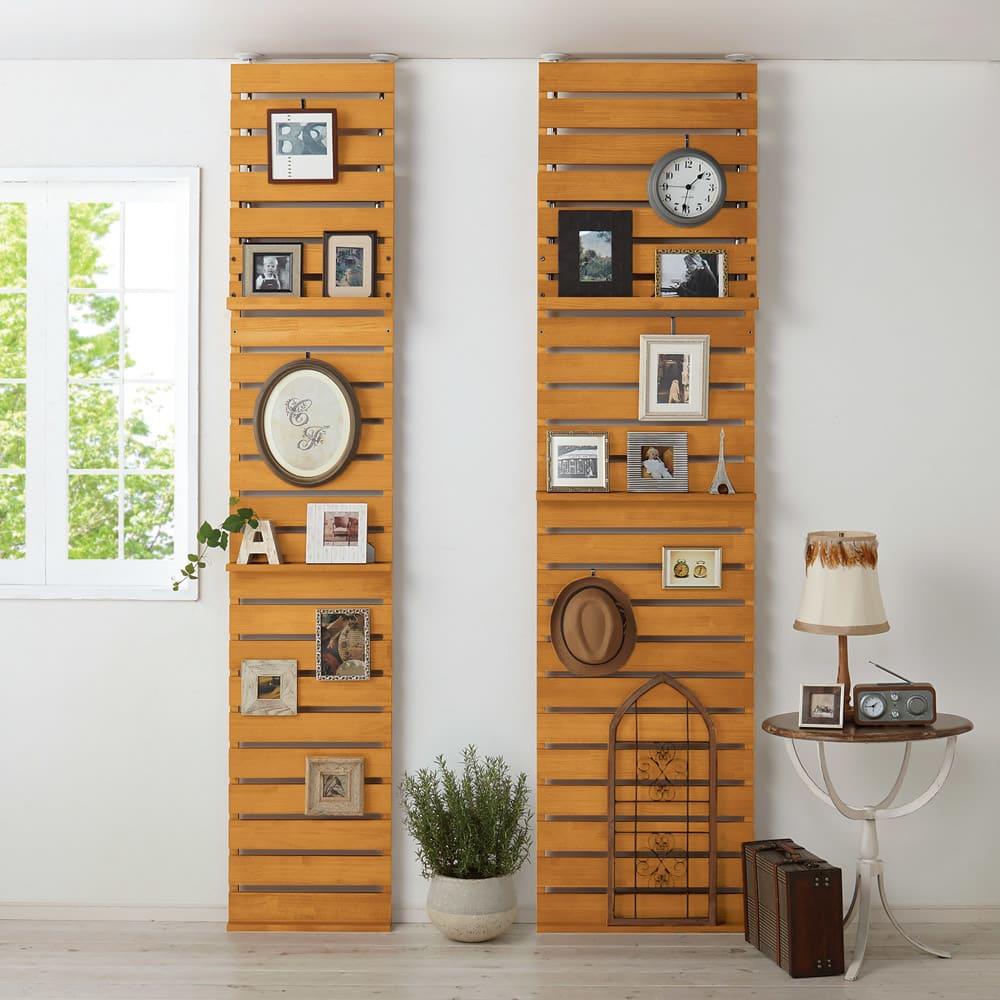 パイン天然木突っ張り式 デコレーション壁面ラック 幅60cm (イ)ナチュラル ※天井高さ:240cm ※写真は(左)幅45cmタイプ、(右)幅60cmタイプです。