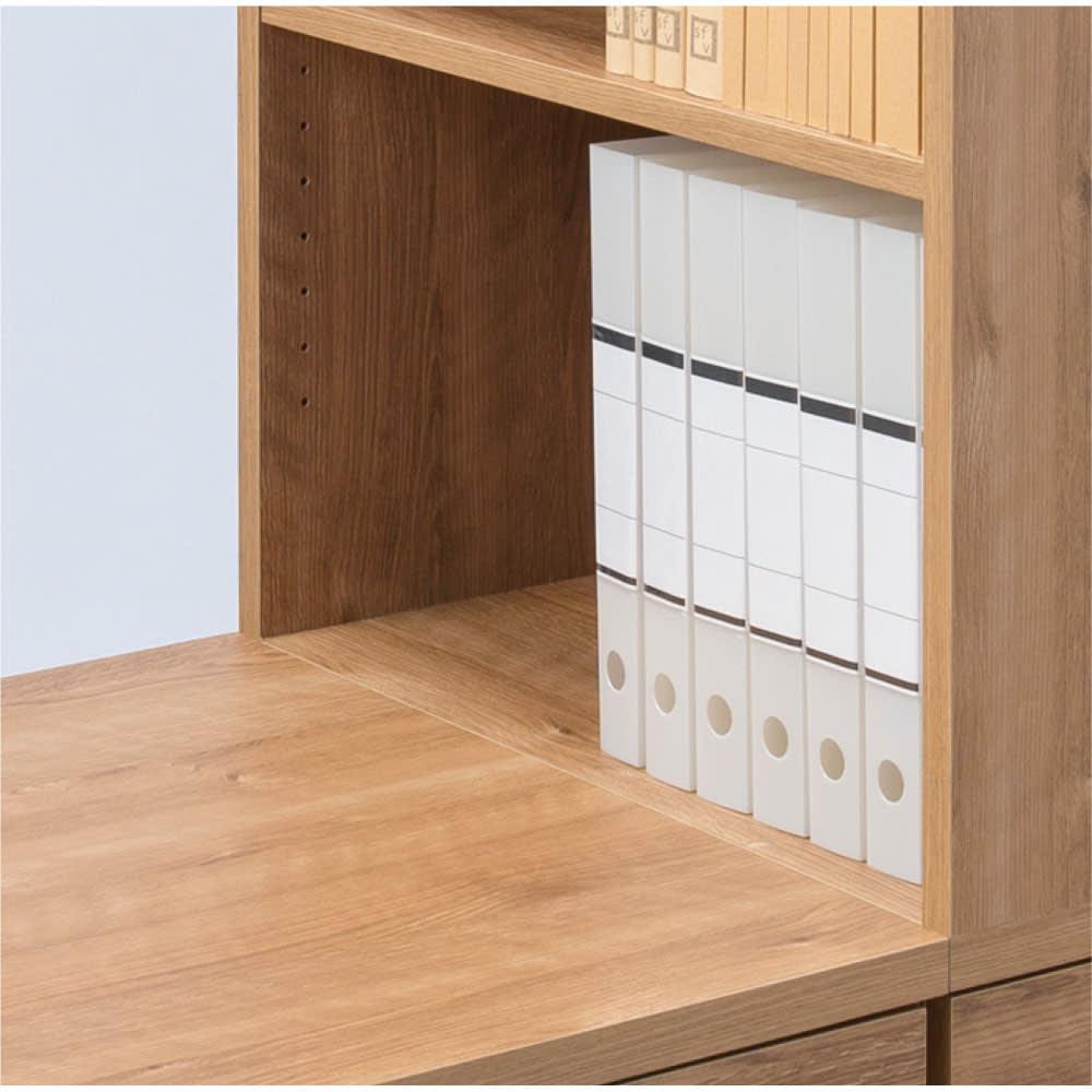 天然木調 配線すっきりデスクシリーズ サイドラック・幅30奥行60高さ237~250cm デスク天板とラックの中天板がフラットに。作業スペースが広がります。