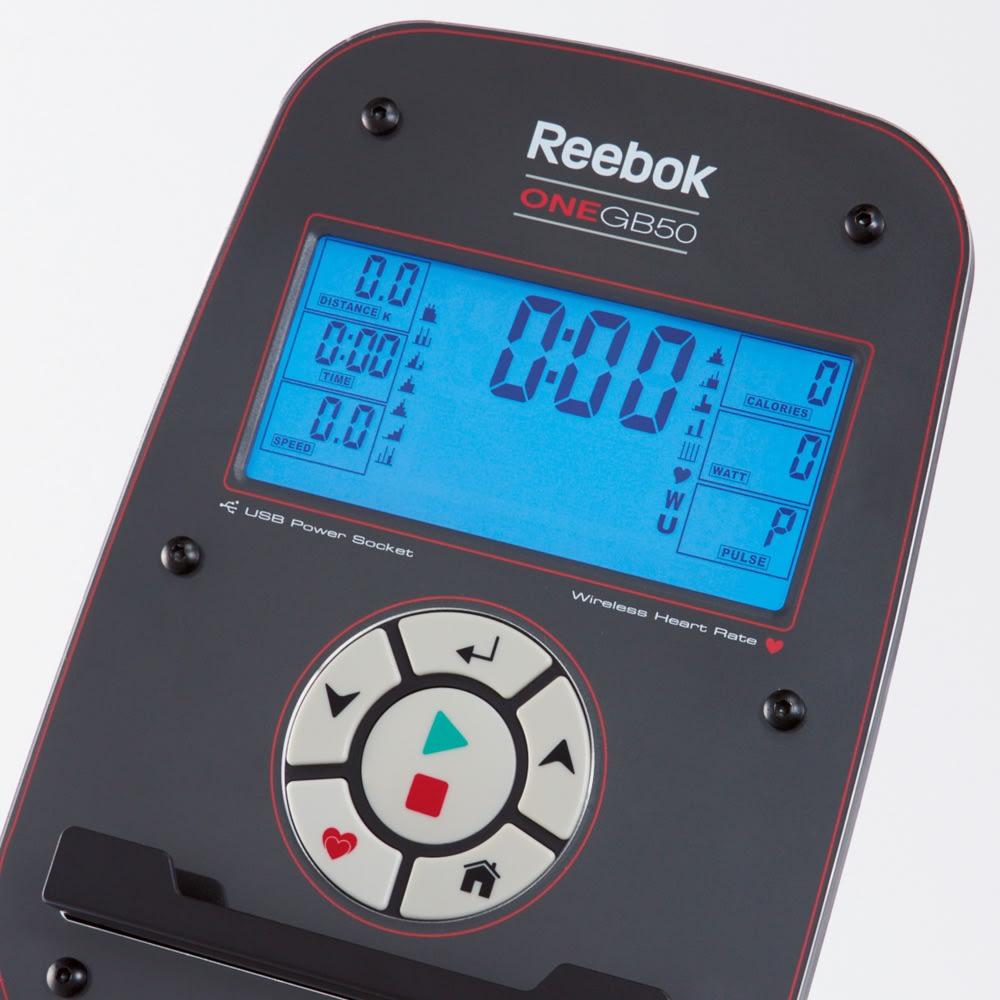 リーボック フィットネスバイク 大型液晶画面付き バックライトの大型液晶画面は見やすく、操作も簡単。時間・距離・消費カロリー・心拍数を表示。