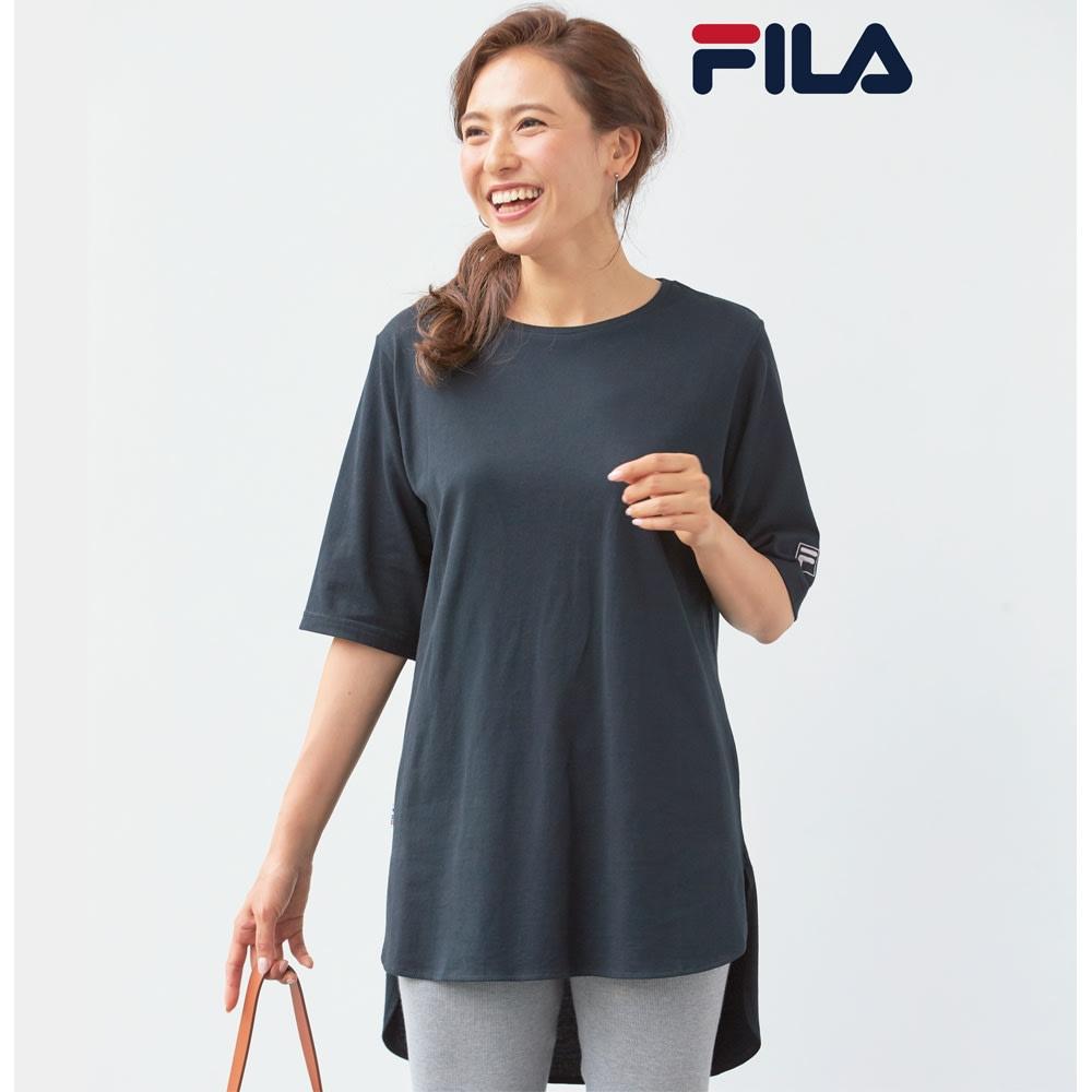 FILA UVオーバーTシャツ (ア)ブラック コーディネート例