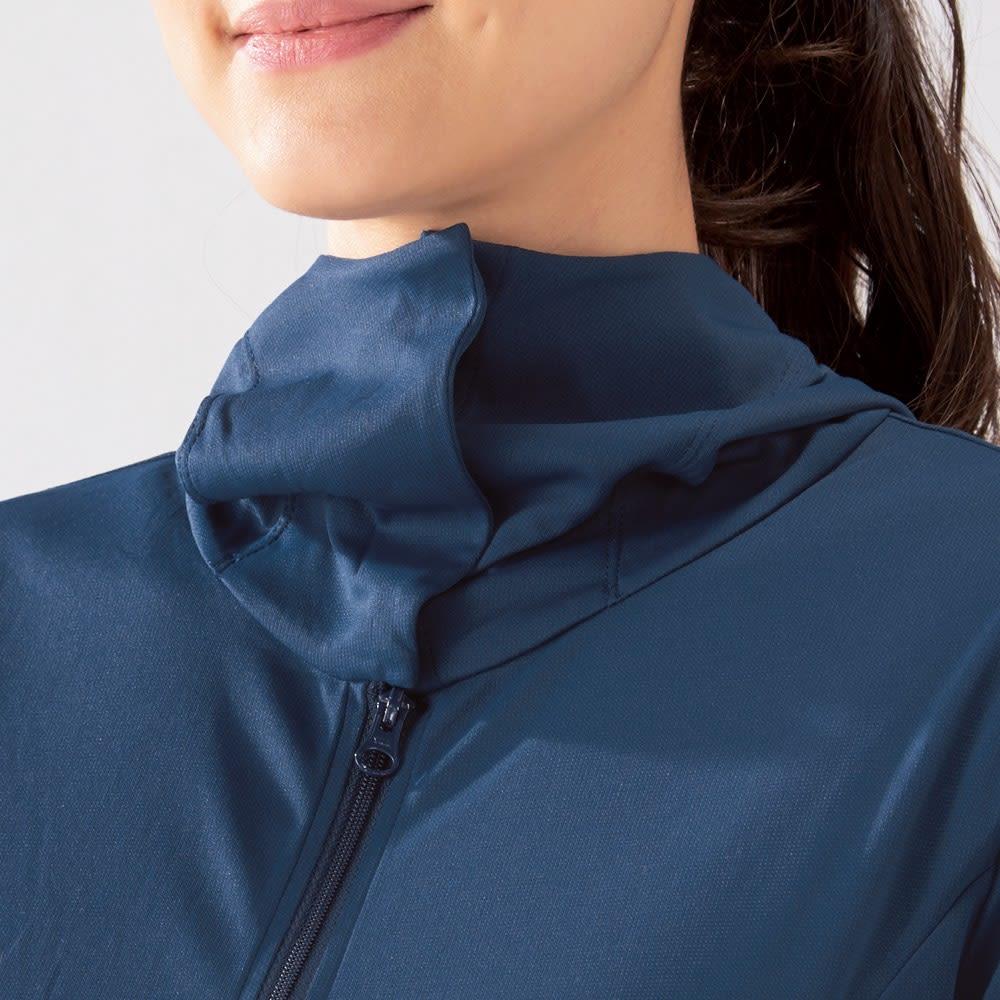 MIZUNO/ミズノ 着る木陰パーカ(遮熱) フードをかぶってボタンを留めれば、首元~顔周りまでしっかりガードします。