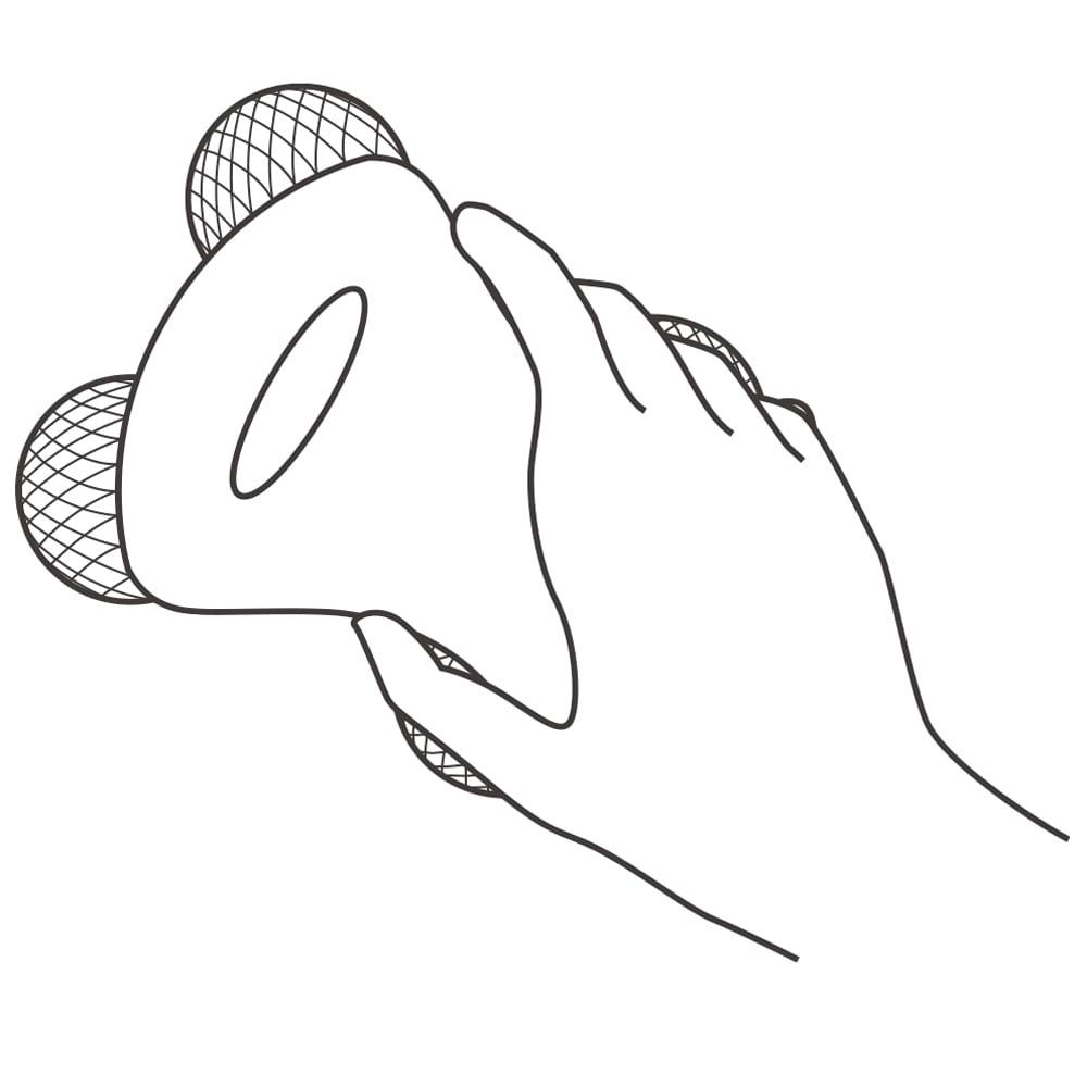 ReFa/リファ プラチナ電子ローラー(R) ReFa BODY (リファフォーボディ) 基本の持ち方 ソーラーパネルを手で隠さないよう、くぼんでいるラインに沿ってしっかり握ります。