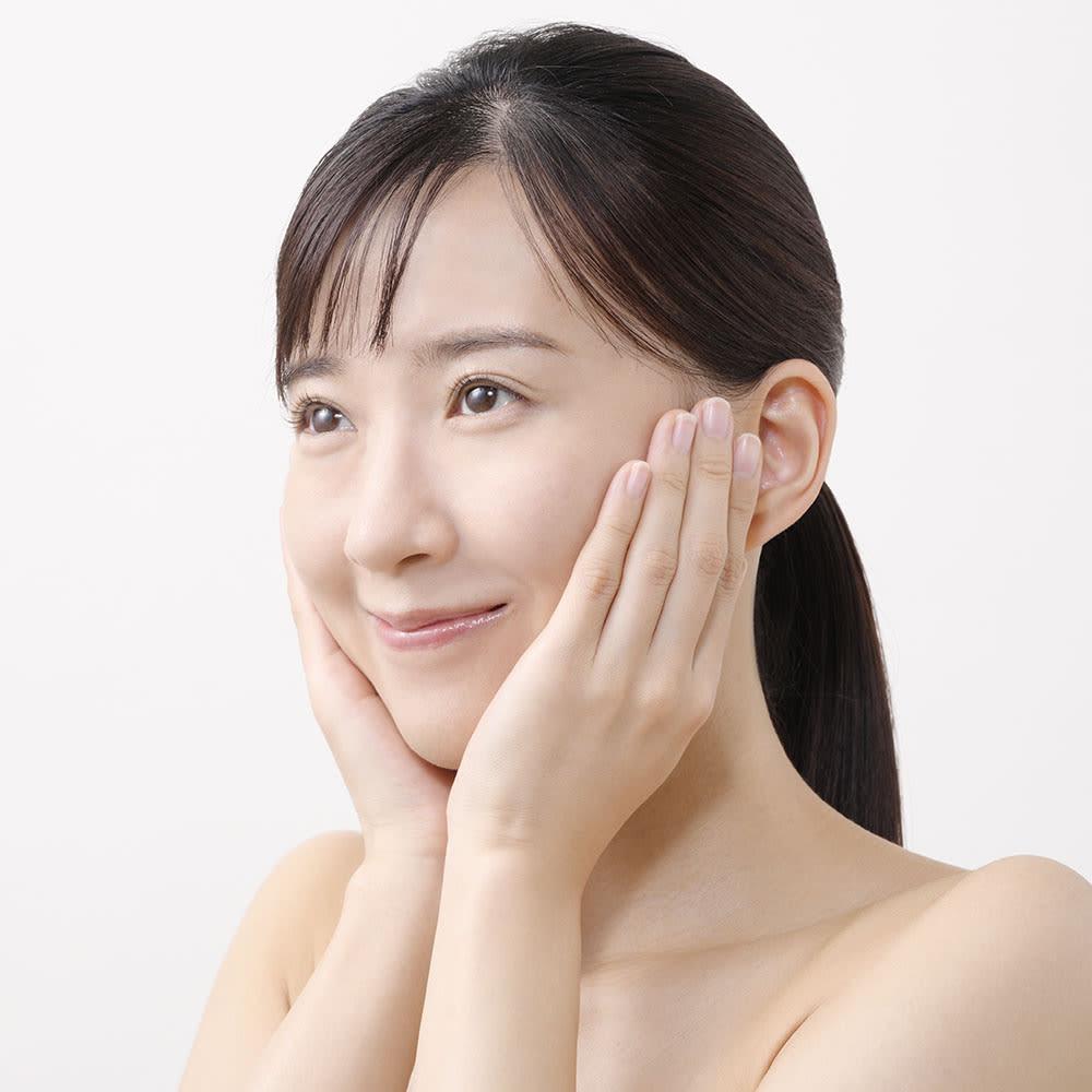 メディリフト(ウェアラブル美顔器) [HOW TO USE メディリフトの使い方] 4.10分間の顔下半分集中ケアで、輪郭スッキリ!