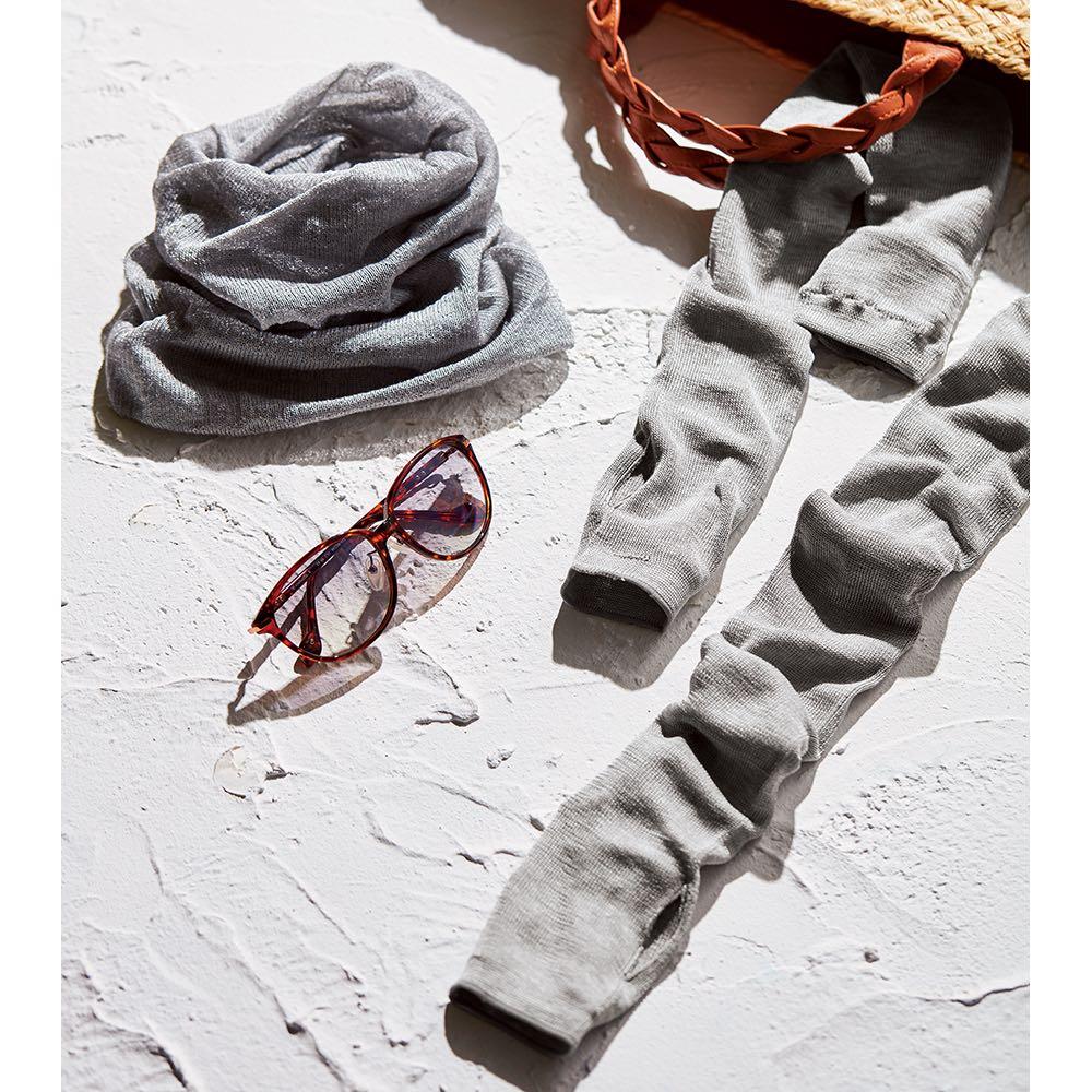 UVカットシルクシリーズ シルク100%UVネックカバー こなれ感が出せるネックカバー ねじり縫製により、台形シルエットなので、被るだけで自然なこなれ感が演出できます。