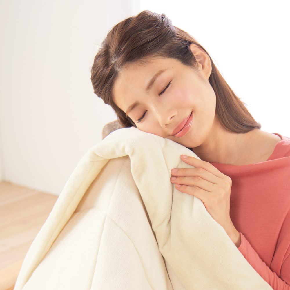 ファイテン 抗菌防臭リラックス寝具シリーズ リバーシブル ふんわりケット(シングルサイズ) 抗菌防臭機能でいつでも清潔にお使いいただけます。