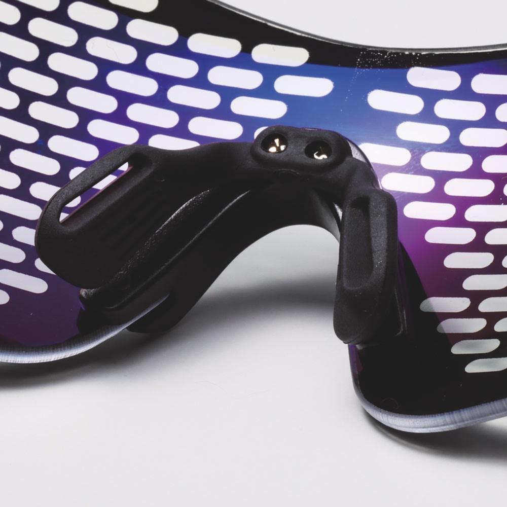 目を労わるアイケア眼鏡 セラピーグラス 形状記憶ノーズパッド 形状記憶素材を使用したノーズパッド。ご自身の鼻の形状にカスタムフィットさせることができます。