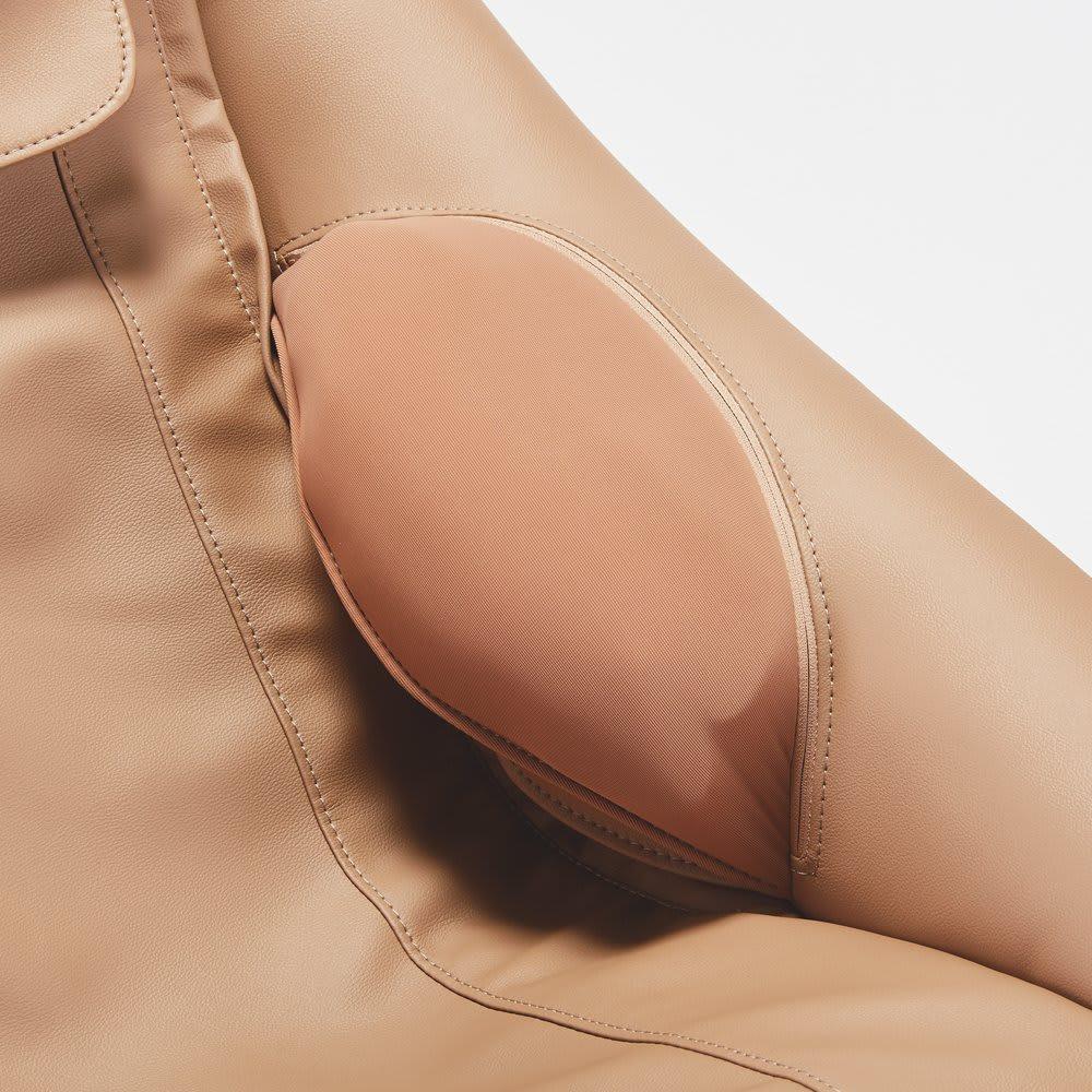 DOCTOR AIR/ドクターエア 3Dマジックチェア 全身をほぐすウエストマッサージ機能 腰の両サイドに搭載したエアーバッグで、からだをぎゅっと包みます。もみ玉とエアーバッグが連動しながら、全身を心地よいマッサージでほぐします。