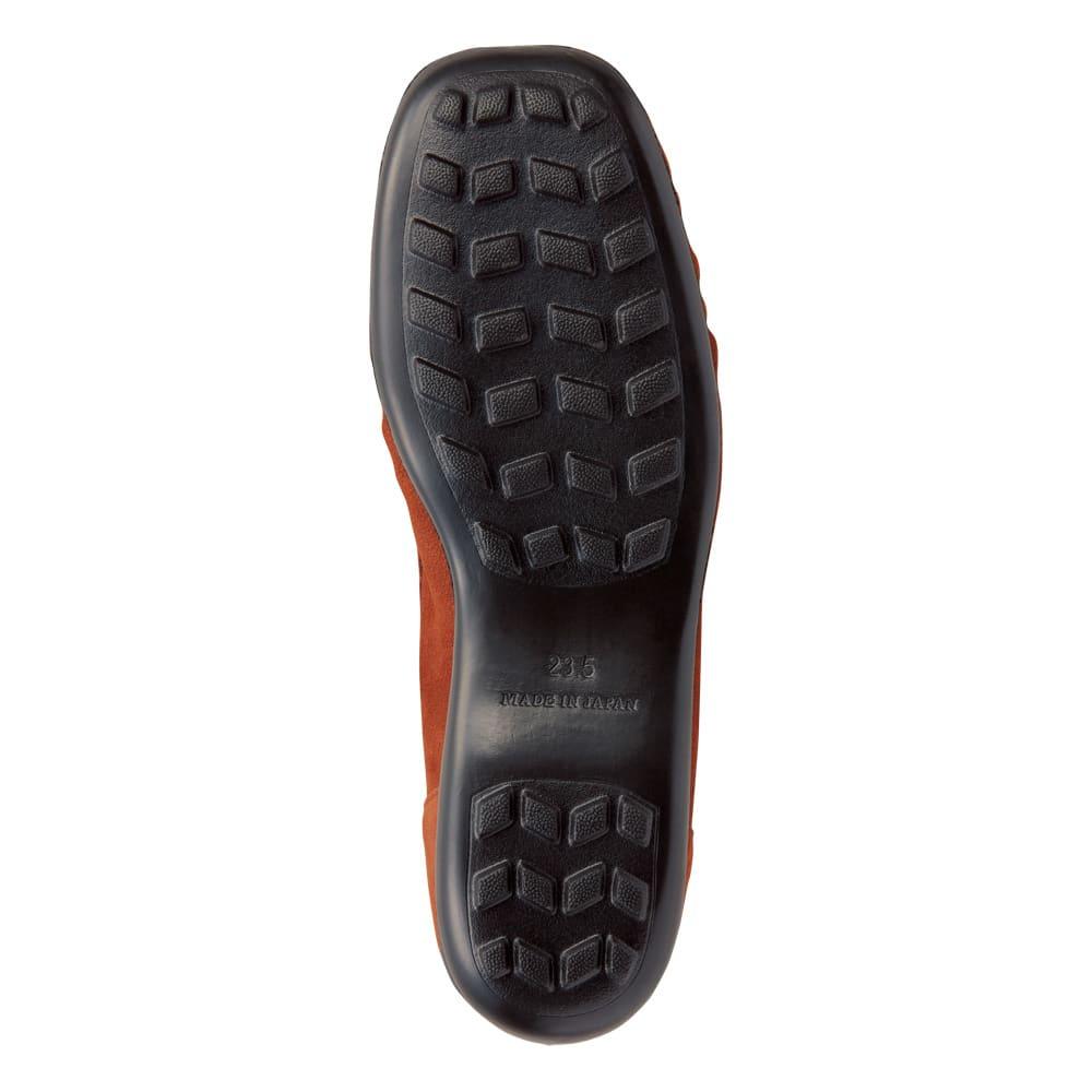 AQUALEATHER(R)/アクアレザー 洗えるモカシンシューズ クッション性と防滑性に優れたエバロンソールを採用することで、長時間の歩行もらくらく。足なじみが良く雨の日も滑りにくい足元に!