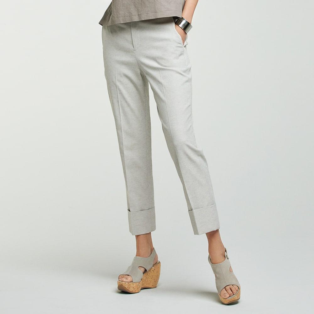 防汚加工 裾ダブル クロップドパンツ (ア)ライトグレー 着用例