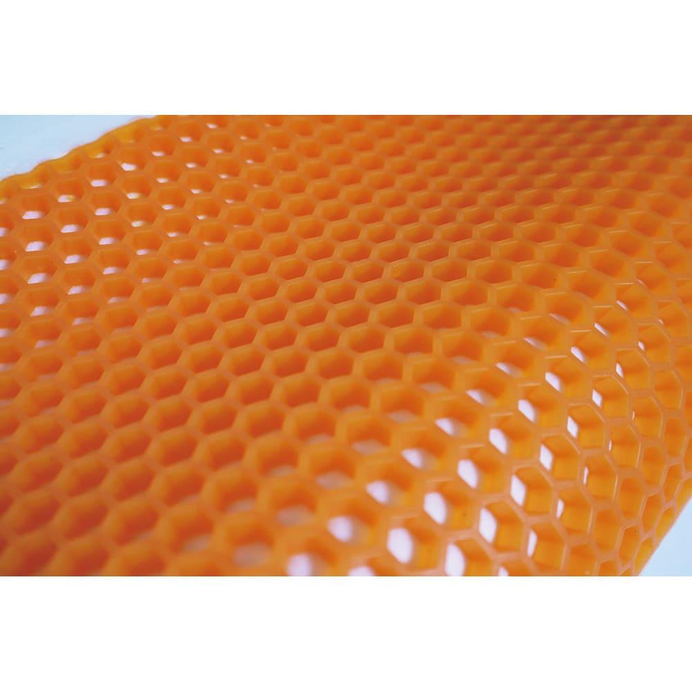 Gゼロ枕Neo ハニカム構造により通気性が良く、ムレずに快適に寝ることが出来ます。