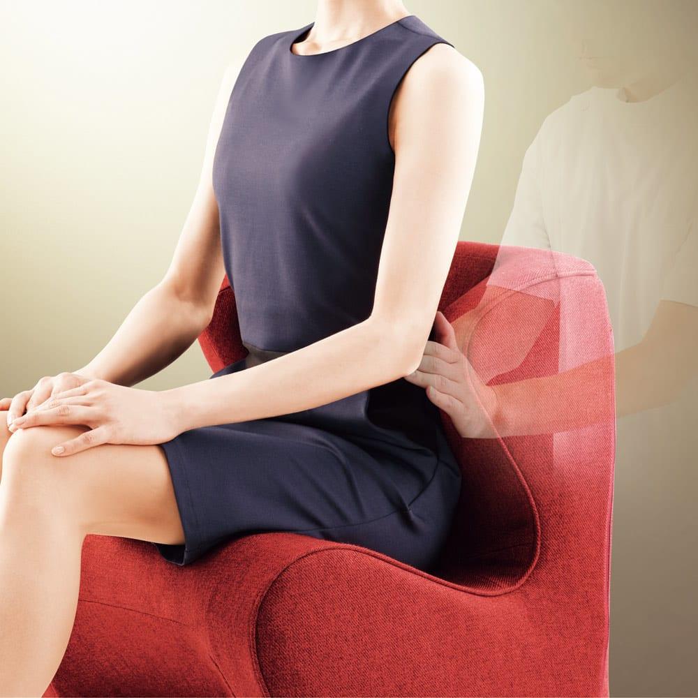 スタイル ドクターチェア (ア)レッド かかりつけ医の手に支えられるような優しい座り心地