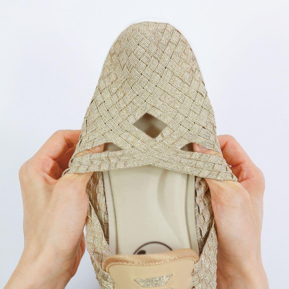 GOMUGOMU/ゴムゴム エアークッションク ロスシューズ 履き口はぐ~んと伸びて着脱ラクラク、歩行も安定。