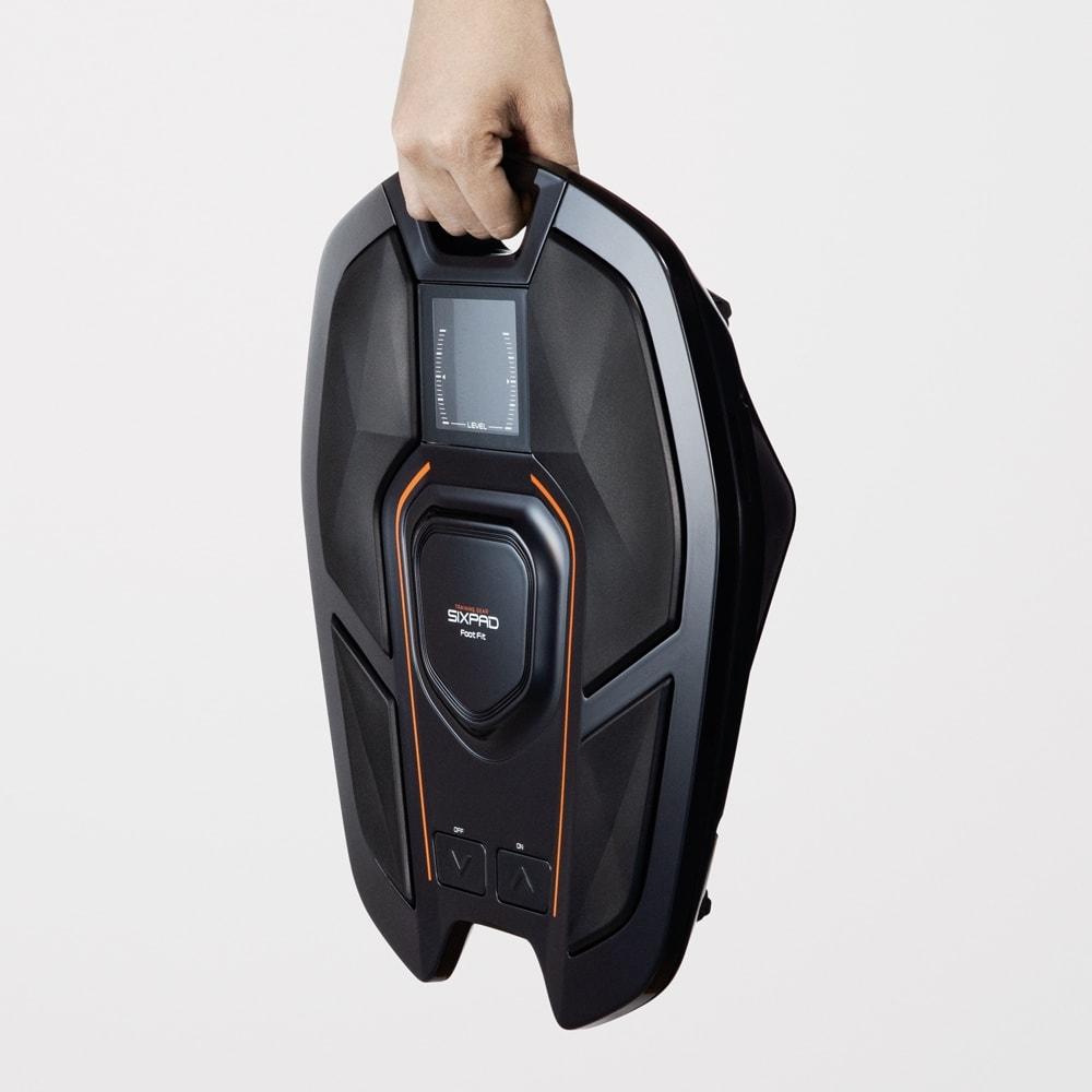 【送料無料】SIXPAD/シックスパッド Foot Fit(フットフィット)  特別セット コンパクトだから使わないときはちょっとの隙間に片づけられます。
