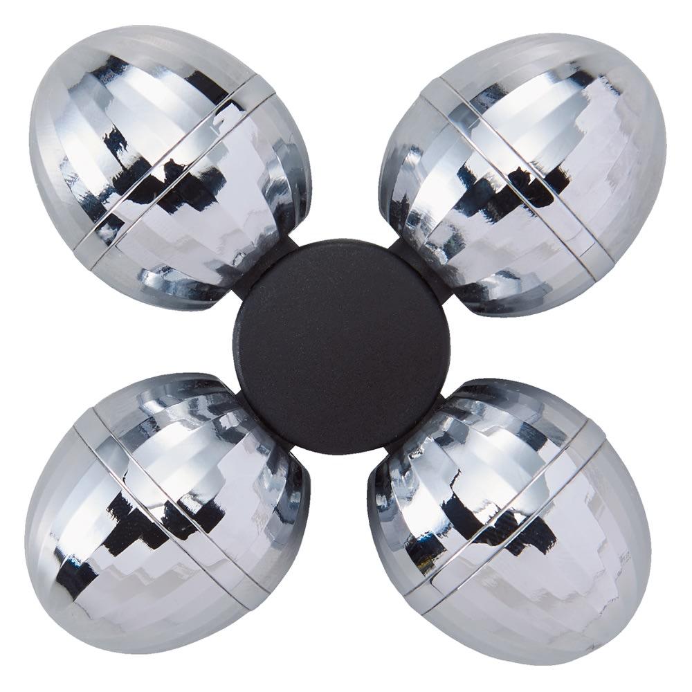 ミーゼ デュアルフォース フェイスローラー 4つのボールが肌にフィットし、エステのタッピングのような心地良い刺激で引き締めケア。