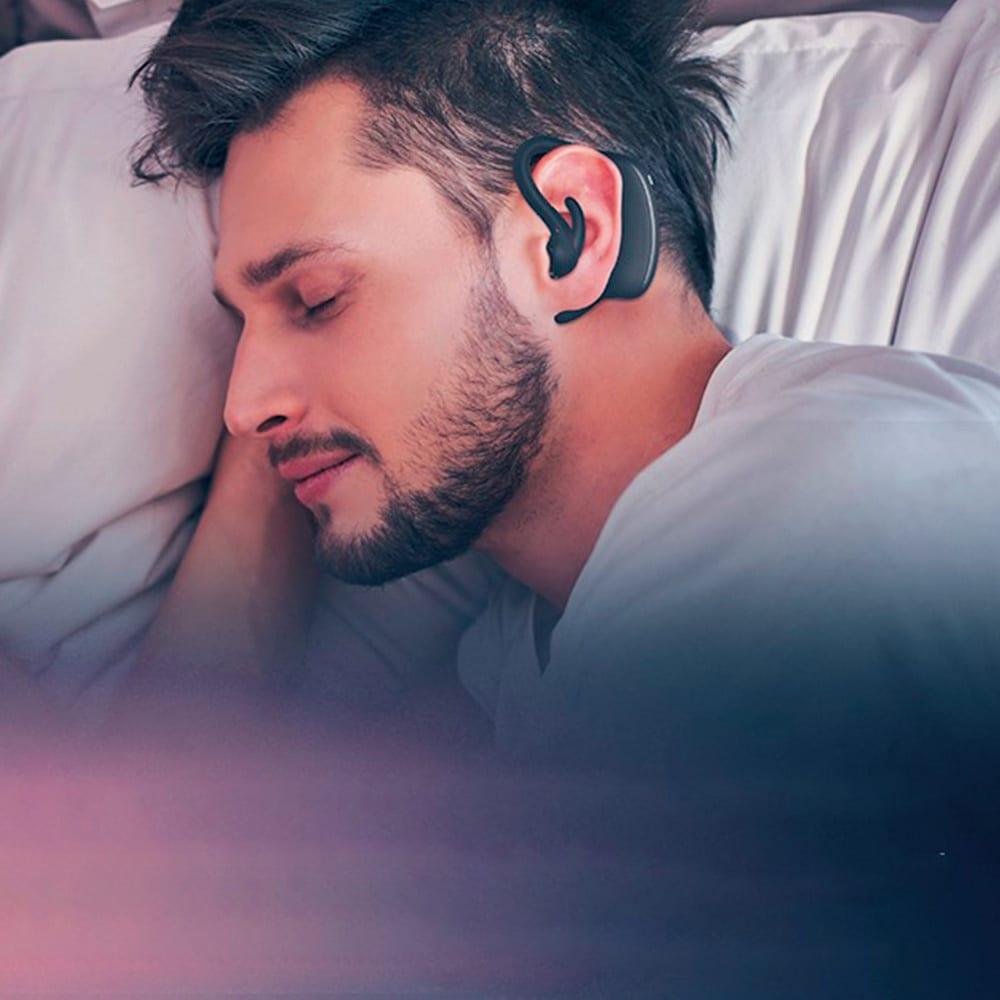 いびきケアアイテム スマートスノアストッパー「スノアサークル」 耳にかけて眠るだけで気になるいびきをやさしくケア。すぐ近くで眠るパートナー、家族の為にも「スノアサークル」という選択を。