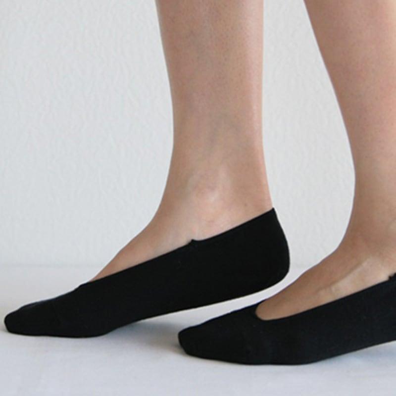 脱げにくい靴下3足組 ウェブ限定のブラックの着用例です