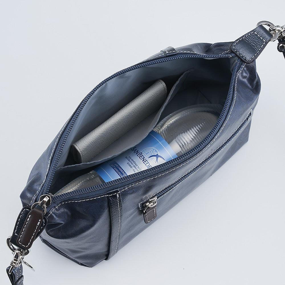 ペレボルサ〈アライブ〉 はっ水トラベルシリーズ 2ウェイポシェット