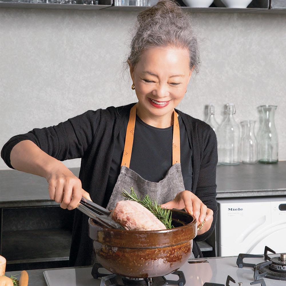 ロースト土鍋 料理研究家 有元葉子さん