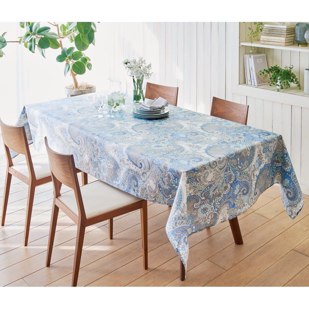 はっ水加工のクロスシリーズ テーブルクロス 150×150 (ア)ブルー  お届けするのはこの形です。