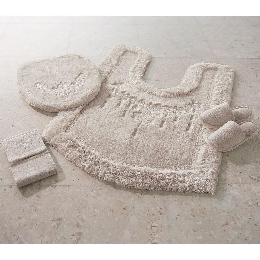 トイレタリー〈シャンティ〉 トイレマット (ウ)シルバーグレー ※写真はトレイマット耳長です。 トイレマット以外は別売りです。