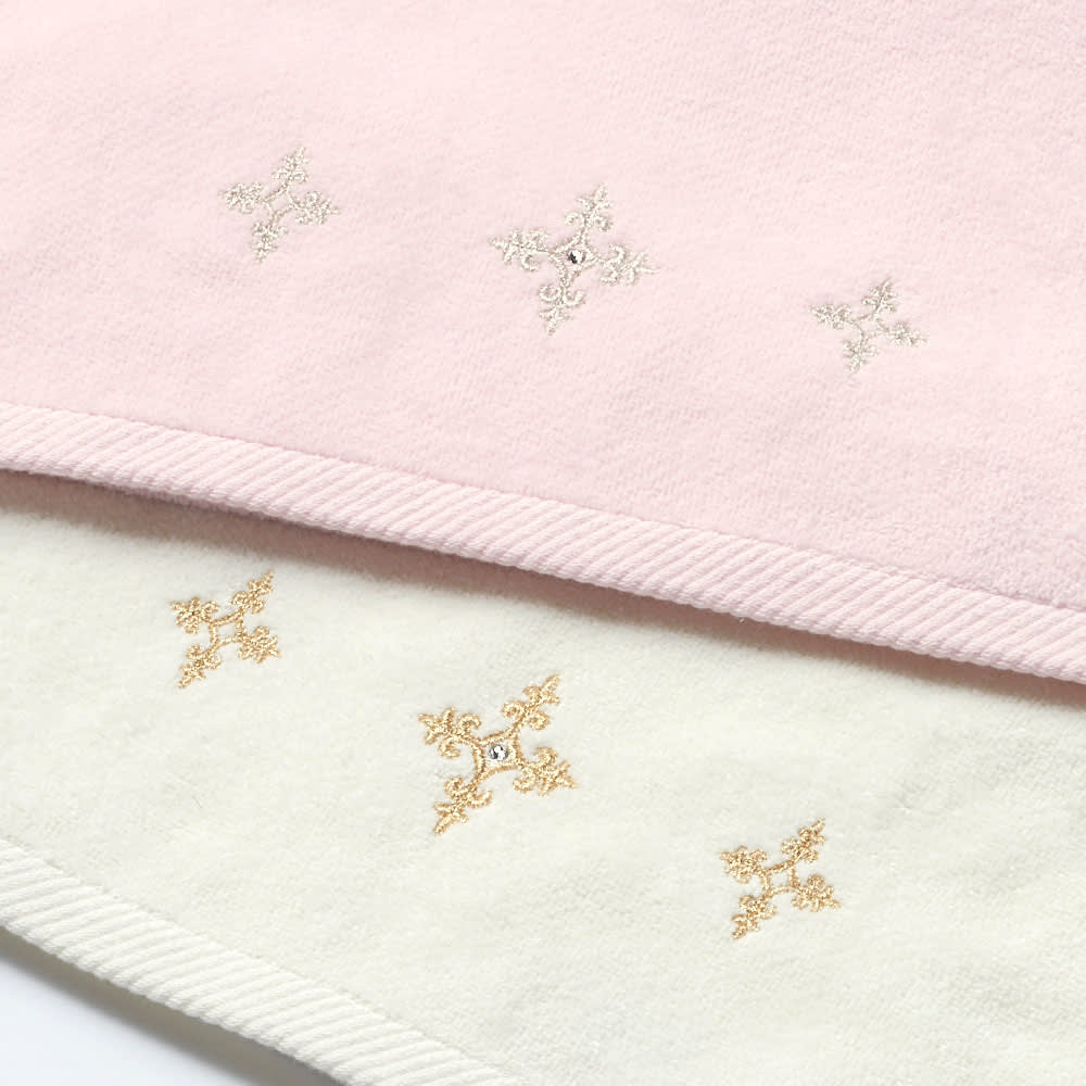 〈ニーナス〉 ハンドタオル 同色2枚組 上から(イ)ピンク (ア)ホワイト