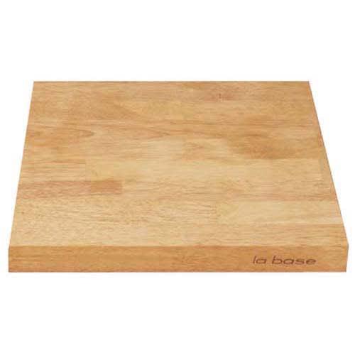 有元葉子のラバーゼ まな板 お得な2枚組 2.5cmの厚みがあるので立たせて収納できる。
