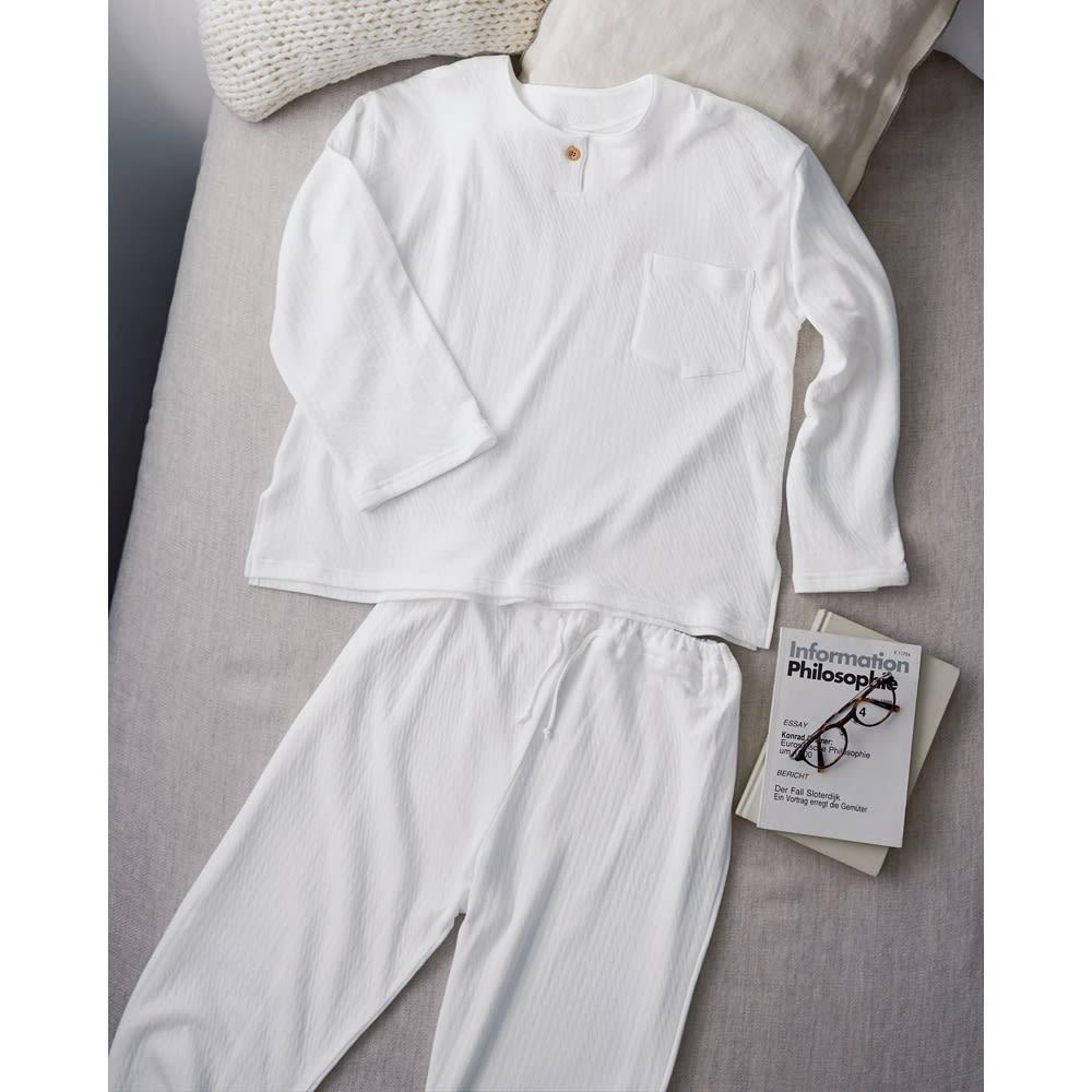 伸縮する2重ガーゼのパジャマ(長そで・長ズボン) (ア)レディース