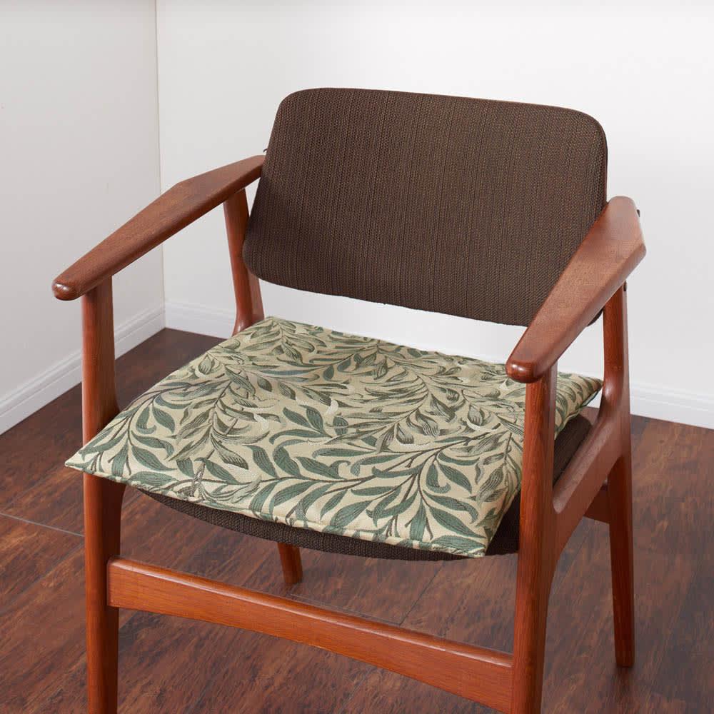 モリス ジャカード織 シートクッション (オ)ウィローボウ・グリーン系 ※写真は1人掛けです。