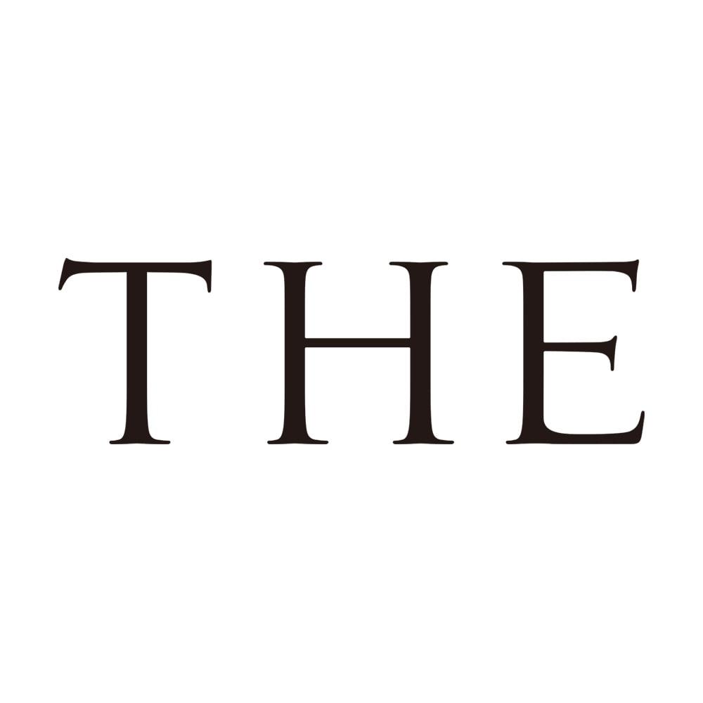 THE 醤油差し あらゆるジャンルの作り手とともに、「これこそは」と呼べる定番商品を研究、開発。これからの「THE」を新たに生み出し、発信している注目のブランドです。