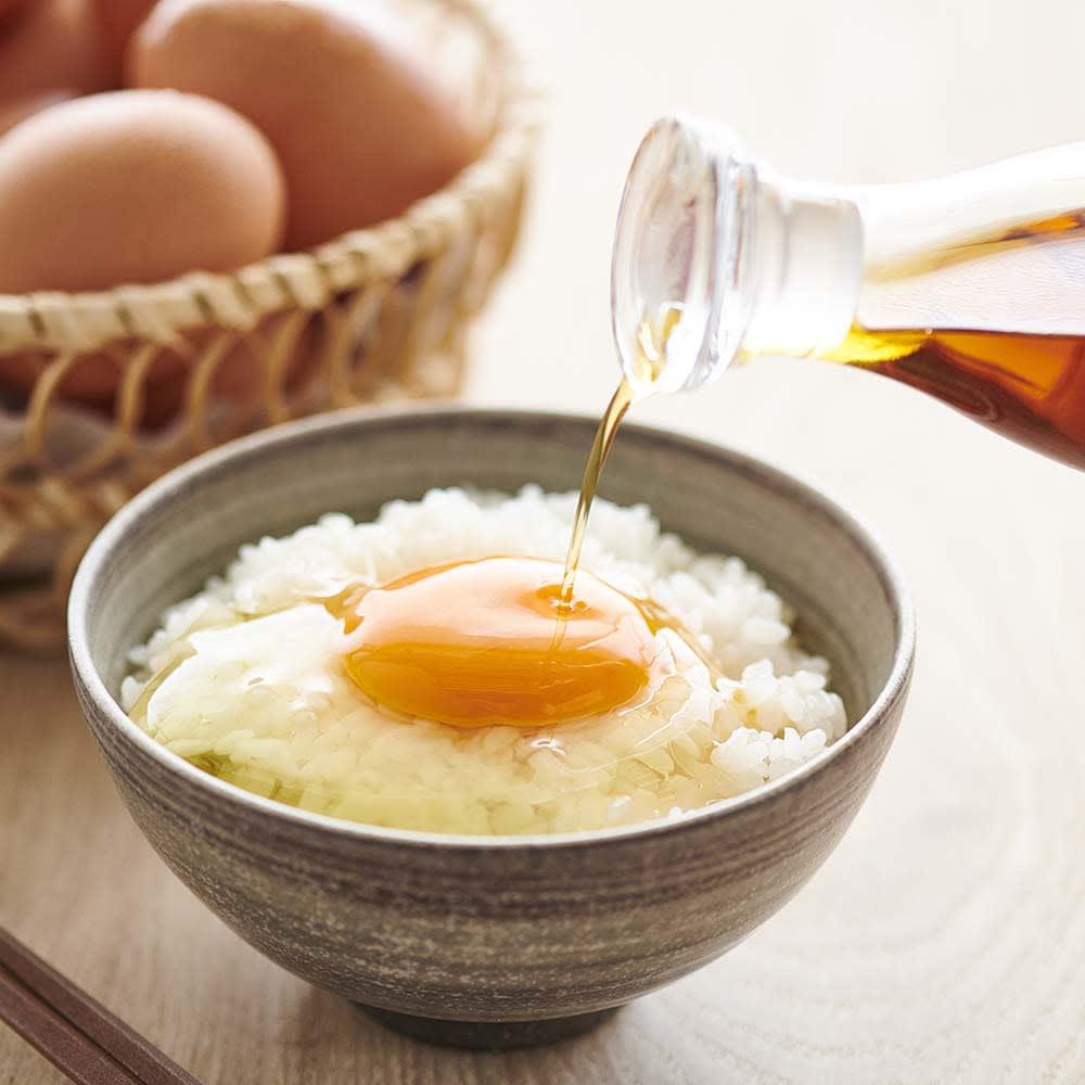こだわり卵 (60個) これぞ、こだわりの卵かけご飯。味、栄養、鮮度、すべてに満足の「濃厚卵」に、香り高く上品な味わいの「有機白しょうゆ」を!