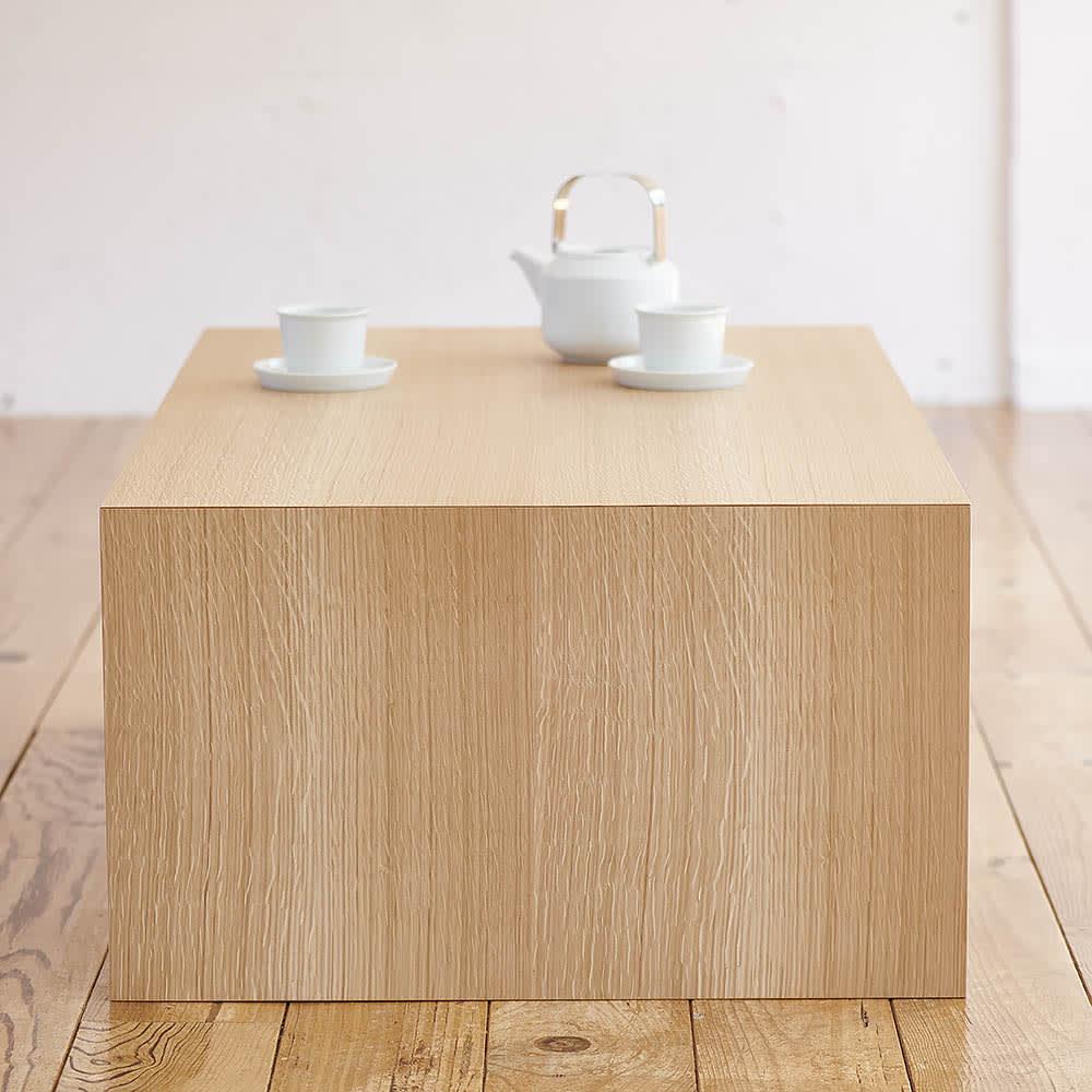Slim すっきり折りたたみ可能なテーブル105 柾目が美しいオーク天然木の化粧合板。反りが少なく、扱いやすい。