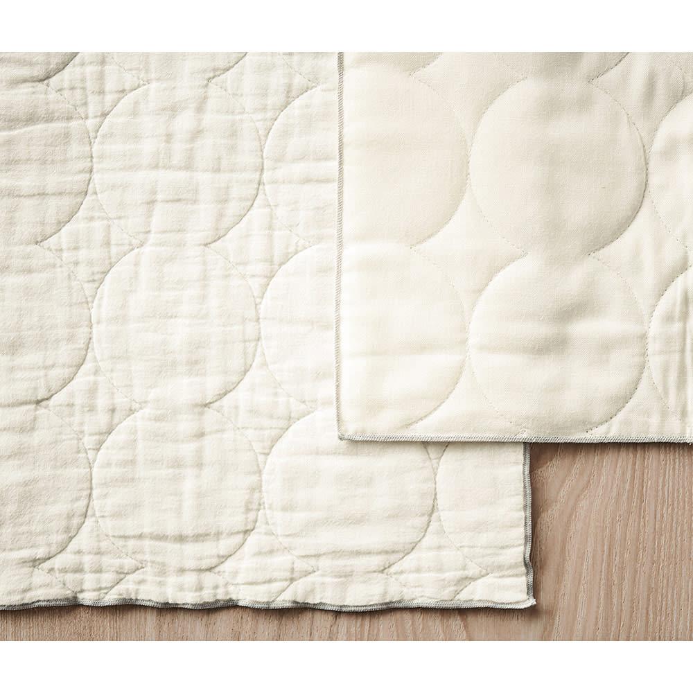YARN HOME(ヤーン ホーム)ふきん Mサイズ3枚組 (左:洗濯後 右:洗濯前)使って洗濯するほど、中わたがふくれ柔らかい風合いに。