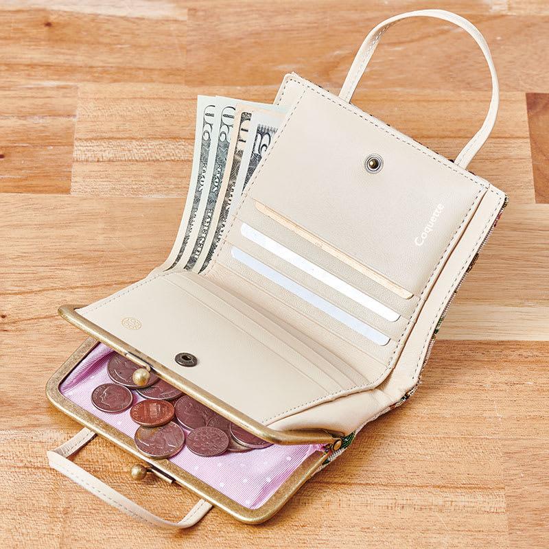 Coquette(コケット)ゴブラン織 口金財布 札入れはホック開閉式。内部に仕切りあり。