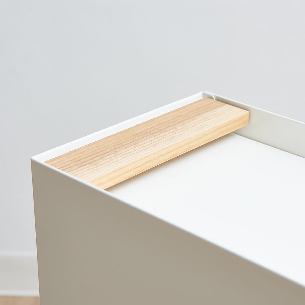 ミヤケデザイン ダストボックス 30L 木製台タイプ(蓋なし・蓋付き) 蓋付きタイプ やさしい木製の取手。