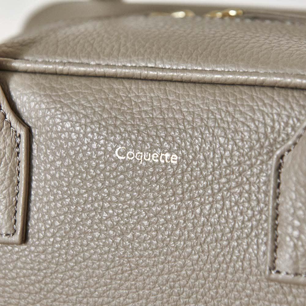 Coquette(コケット) キュービック バッグ coquetteブランドのロゴ入り