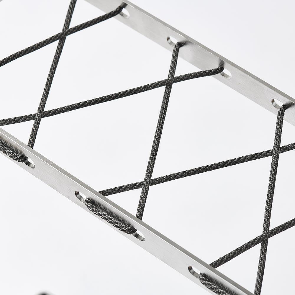 折りたたみ傘もかけられる ステンレス製スマート傘立て (ア)モノトーン/ブラック ※ロープの編み方は色によって異なります。
