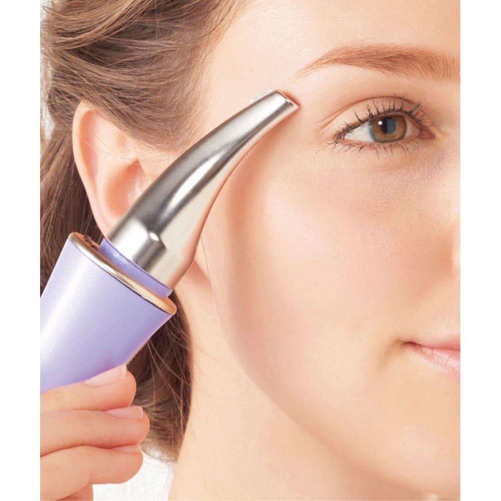 シェーバーミニ ノヘアLight Plus(部分ケア専用アタッチメント付き) 部分ケア専用アタッチメント付き まゆ毛用アタッチメント 刃の長さはキメ細かくケアできる約8mm。