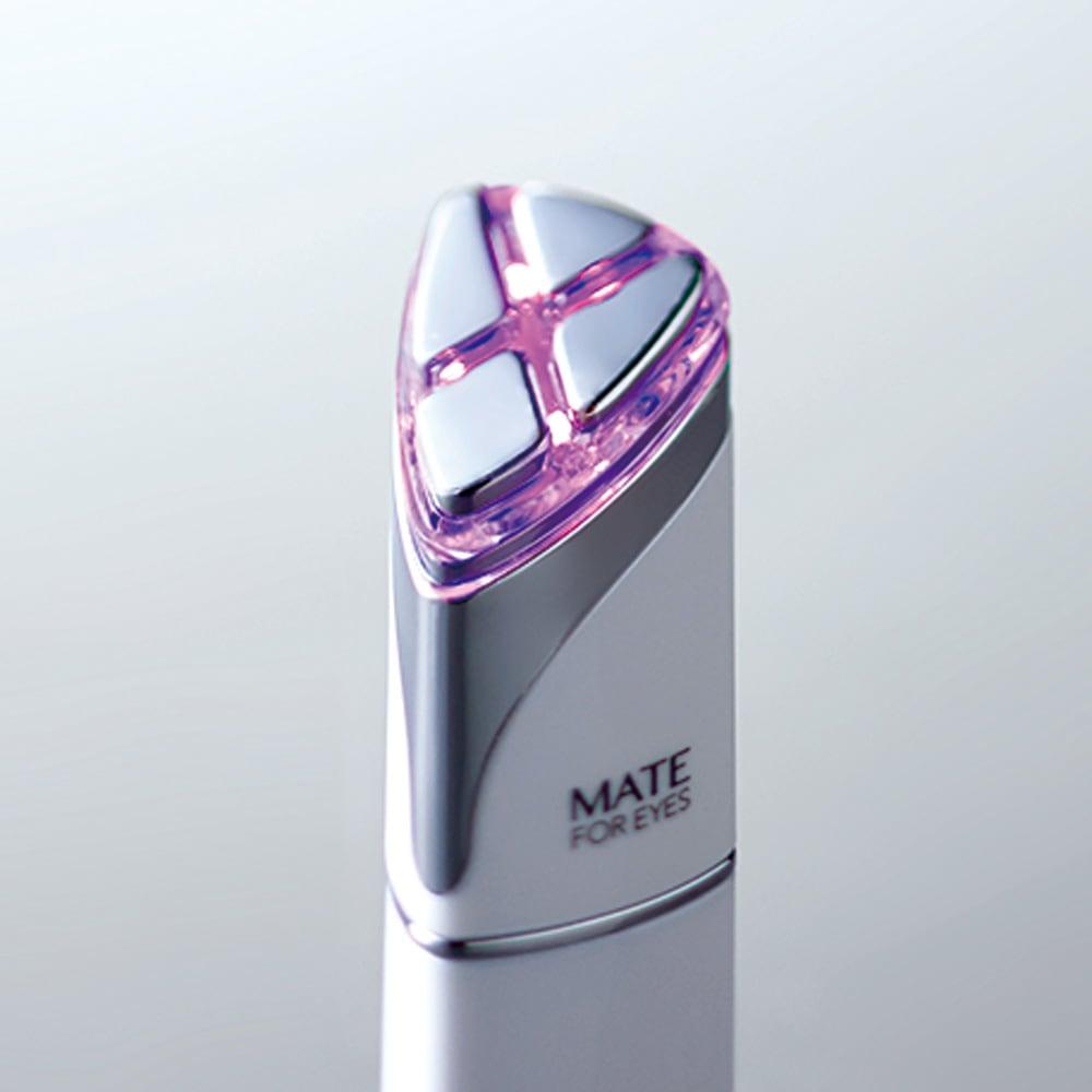 アクシージア/AXXZIA メイトフォーアイズ(目元ケア美顔器) 温熱RF機能により表情筋を優しく温めます。出力レベルは2段階。(ピンク:出力レベル弱)