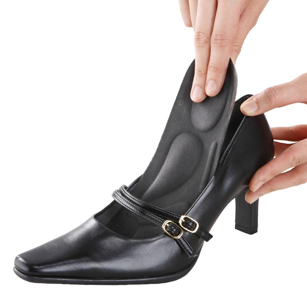 体幹筋シェイプメイクインソール 2足組 お手持ちの靴にフィットする、約3mmの極薄インソール。